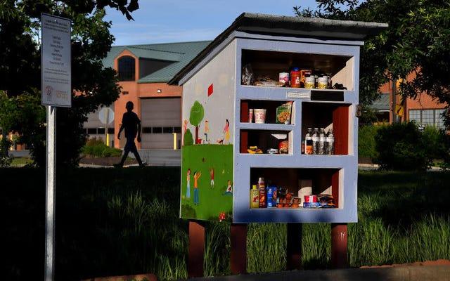 Panggilan Terakhir: Perpustakaan Kecil Gratis telah menjadi Bank Makanan Gratis Kecil