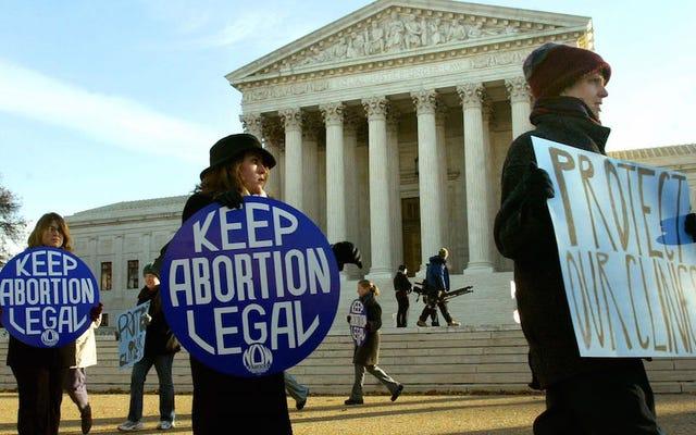 Las clínicas de aborto en EE. UU. Están cerrando al ritmo más rápido desde que el aborto se volvió legal