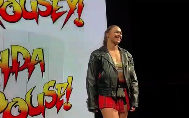 WWE हाउस शो में रोंडा राउजी ने मस्ती की, कुश्ती के बारे में सब कुछ बहुत अच्छा था