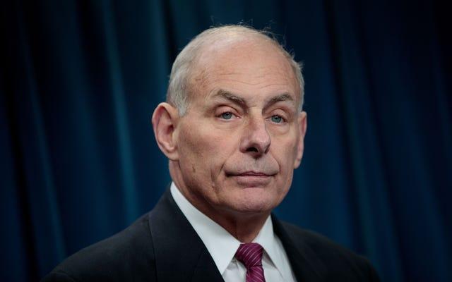 ホワイトハウスは堕落した兵士の家族への軽蔑を倍増し、電話を聞いた下院議員を攻撃する