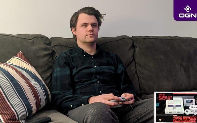 'Super Smash Brothers' ที่น่าประทับใจเล่นเฉพาะเกม SNES หรือ NES ดั้งเดิมเท่านั้น