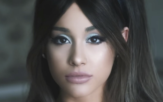 Ariana Grande'nin 'Erkek Arkadaşı' Karaoke'de Zor Olacak
