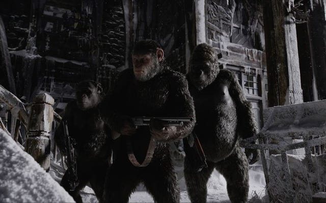 L'ambitieuse guerre pour la planète des singes finit par céder à la formule