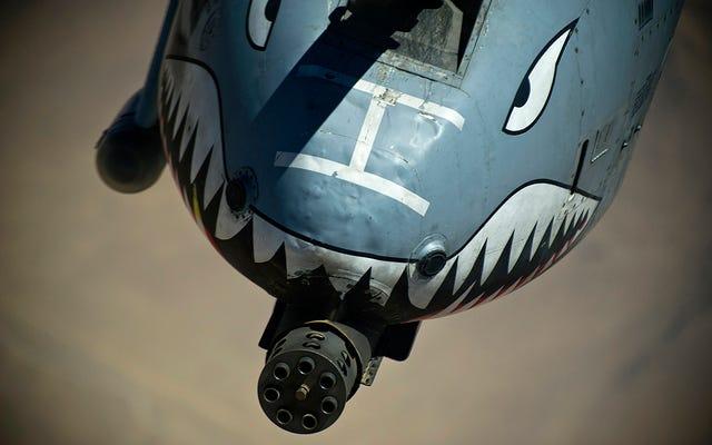 ロシアはA-10がアレッポで標的を攻撃したと言い、アラブ軍が侵入した場合は世界大戦を警告する