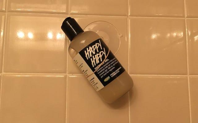 Превратите присоску и резину для волос в простое хранилище для душа