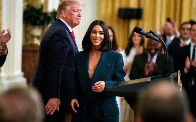 Kim Kardashian West hợp tác với Lyft để cung cấp dịch vụ vận chuyển cho 5.000 cựu tù nhân đến phỏng vấn xin việc
