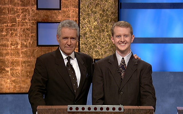 Ken Jennings menghormati rentetan jatuhnya Jeopardy yang luar biasa! juara James Holzhauer