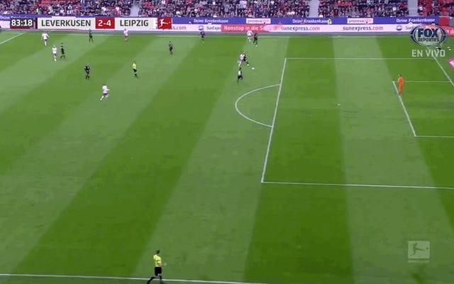 Matheus Cunha termine la victoire de retour du RB Leipzig contre le Bayer Leverkusen avec un objectif totalement irrespectueux