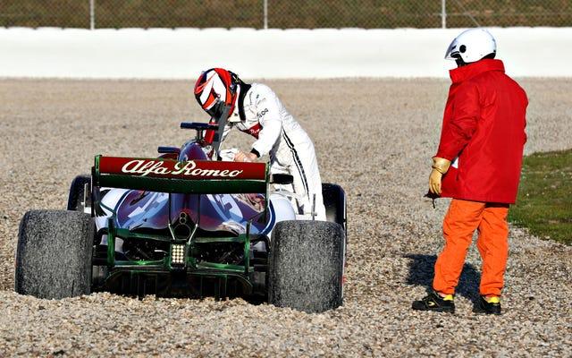 キミライコネンは彼が何をしているのかを知っています—F1シートの修理に関しても