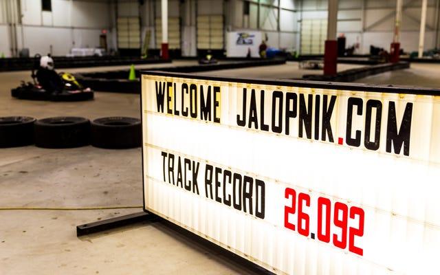 あなたはJalopnikよりもカートの方が速いですか?来週末のデトロイトで見つけに来てください!