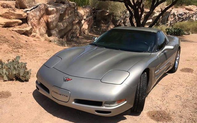 ที่ $ 10,500 Chevy Corvette C5 ปี 2001 นี้สามารถคว้าวันนี้ได้หรือไม่?