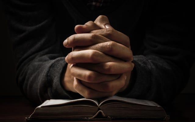 एक प्रार्थना क्योंकि मैं बस *सेंसर्ड* थक गया हूँ