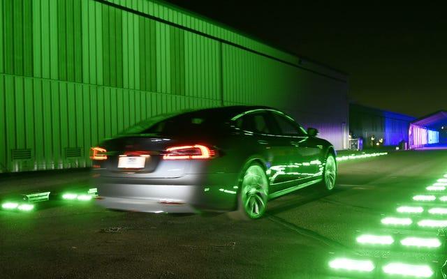 Tesla Model S Nihayet Kendi Yarış Serisine Kavuşuyor