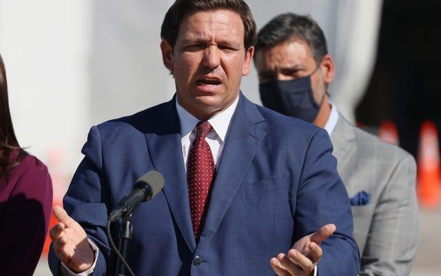 Florida Valisi Ron DeSantis, Yeni Yurttaşlık Eğitimi Önerisinin Kritik Irk Teorisini 'Açıkça Dışlayacağını' Açıkladı