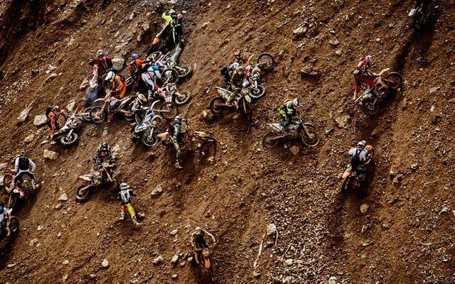 Ce lièvre de 500 vélos Scramble Up a Mine est la course la plus folle de tous les temps