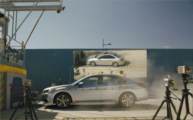 新しい安全技術を搭載した車を購入すると、保険料が上がる可能性があります
