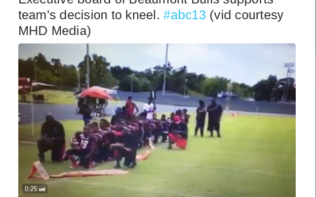 テキサスユースサッカーチームが国歌の最中にひざまずき、殺害の脅迫を受ける