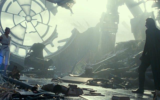 Как фанат «Звездных войн» научился перестать беспокоиться и не любить восстание Скайуокера