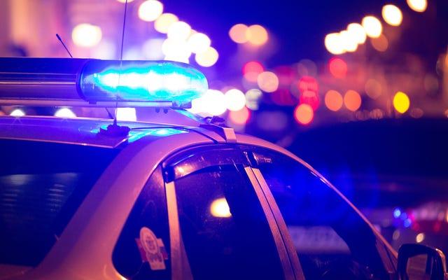 Siyah Polis Louisville Metro Polis Departmanına Dava Açtı; Irksal Önyargının Promosyonlarda ve Görevlendirmelerde Rol Oynadığını İddia Ediyor