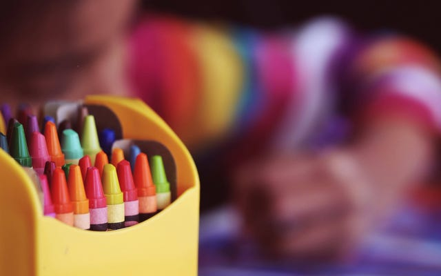 教師が新学期の前に教室の備品を手に入れるのを助ける方法