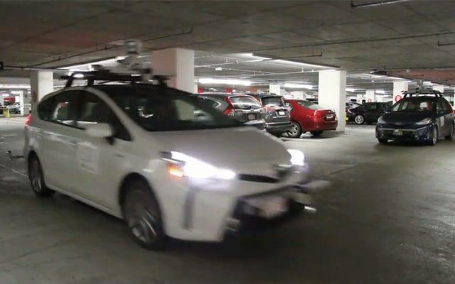 Investigadores del MIT enseñaron a los automóviles autónomos a ver en las esquinas