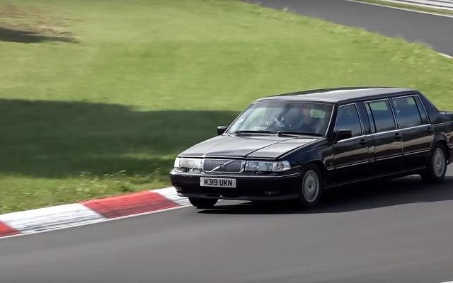Rappel: vous pouvez aussi conduire des conneries étranges sur le Nürburgring