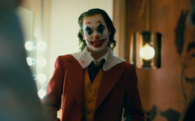 ジョーカーの予告編は、バットマンの新しい起源の可能性を示唆しています