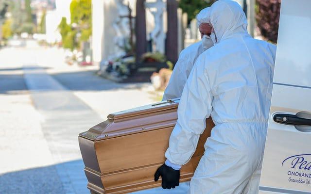 CDC Menasihati Para Pemakaman Bahwa Sudah Saatnya Beralih ke Pemakaman Siaran Langsung