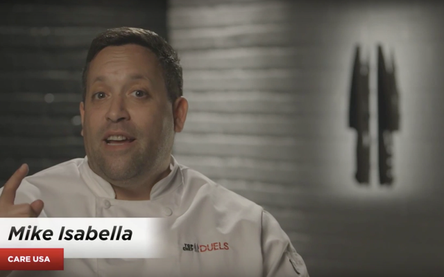 Impiegato che fa causa allo chef Mike Isabella per molestie sessuali chiede alla corte di non far rispettare le NDA del ristorante