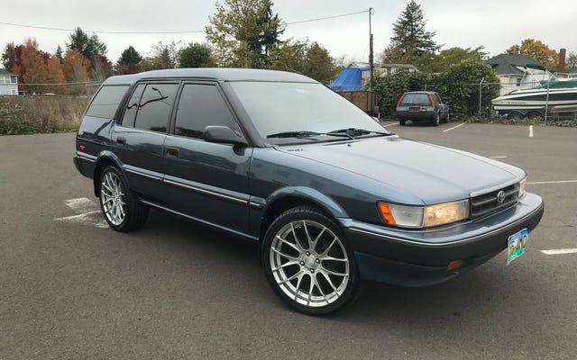 Với giá $ 5,950, chiếc Toyota Corolla đời 1992 này có khiến bạn thích thú không?