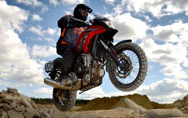 これらの改造はホンダCB500Xを私たちが望むアドベンチャーバイクに変えます