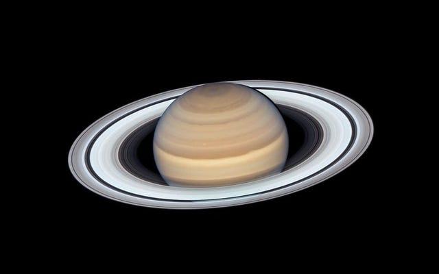 C'est une image particulièrement bonne de Saturne