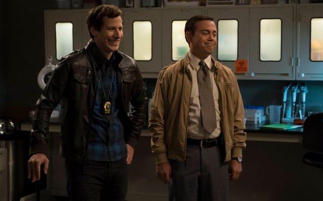 """Brooklyn Nine-Nine se pone a trabajar en """"The Night Shift"""""""