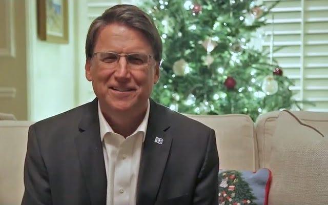 ほぼ1か月後、パットマクローリーはノースカロライナ州知事選挙でロイクーパーに譲歩します