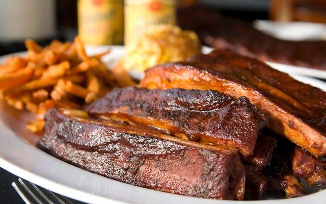 Руководство для новичков по еде барбекю в Канзас-Сити