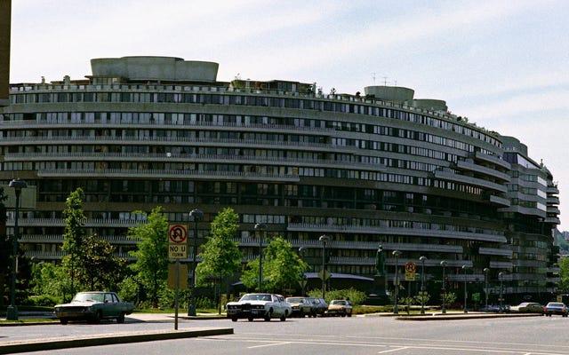 L'hôtel Watergate craque de lui-même