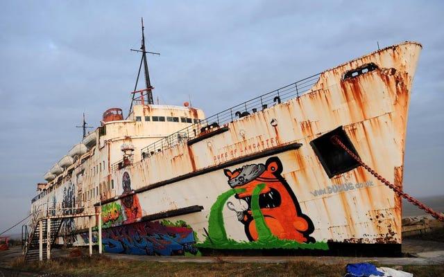 50 दुर्लभ आर्केड मशीनें एक परित्यक्त जहाज के अंदर से बचाई गईं