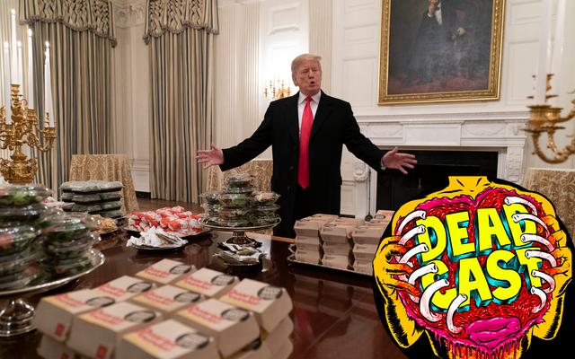 ビッグボーイ大統領は彼のサッカー仲間のためにハンバーガーパーティーを開催しました