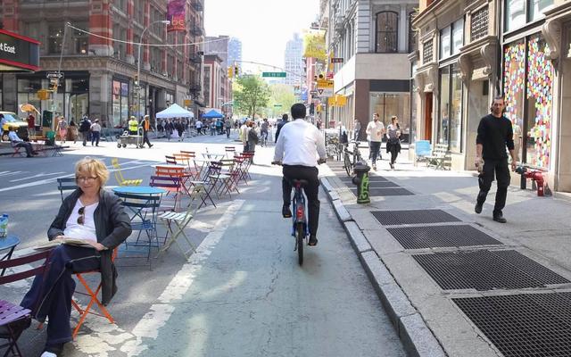 उस समय न्यूयॉर्क शहर लगभग प्रतिबंधित कारें
