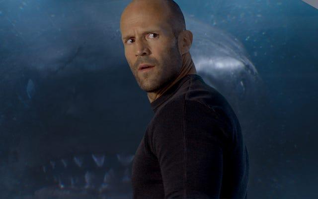 एक विशाल शार्क से लड़ने वाले जेसन स्टैथम को द मेग की तुलना में अधिक मजेदार होना चाहिए