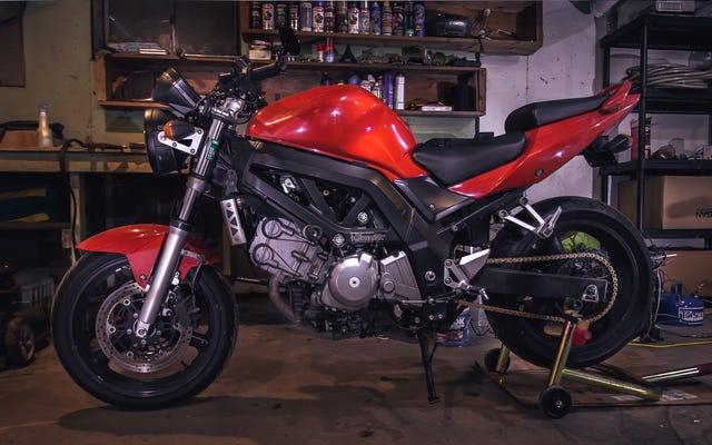 La guida dell'idiota totale per le riparazioni di base della motocicletta