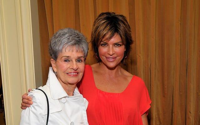 Lisa Rinna'nın Annesi Lois, Trail Kenarı Katilinden Kurtulmak Üzerine: 'Burada Bile Olmamalıyım'