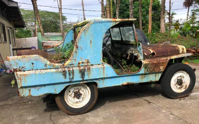 Quelqu'un a transformé une Jeep de la Seconde Guerre mondiale en une Cadillac et c'était tellement hideux que c'est beau