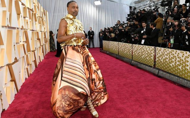 Infine, è ogni aspetto bello e terribile del tappeto rosso degli Oscar