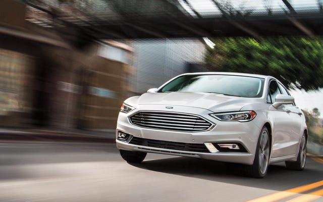 Ford Fusion: morto