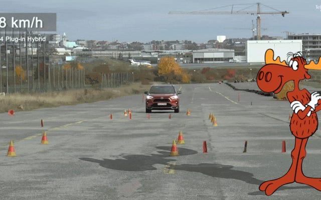 2021年のトヨタRAV4プラグインハイブリッドは劇的にムーステストに失敗します