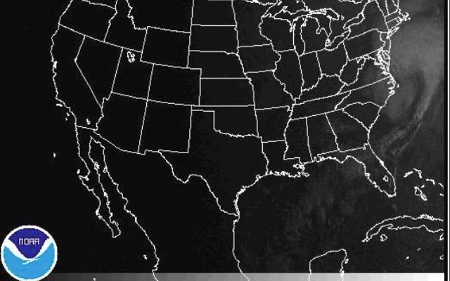 Badai Hermine Pasca-Tropis Bisa Membawa Gelombang Badai yang 'Mengancam Kehidupan'