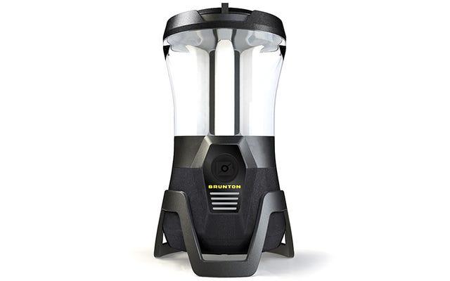 Puoi controllare a distanza questa lanterna da campeggio a LED con uno smartphone