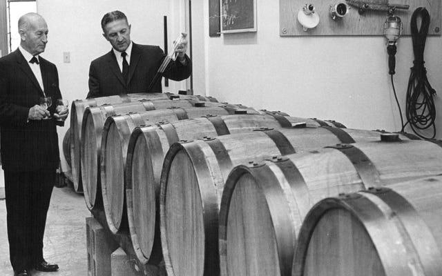 Zut alors!フランスの泥棒は600万ドルのワイン強盗をほぼやってのける