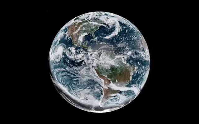 Encore mieux que depuis la Terre: voici à quoi ressemblait la dernière éclipse solaire depuis l'espace